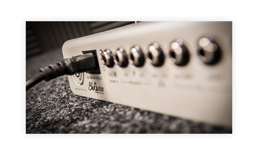bluguitar-amp1_mercury_edition_mood-6-TN